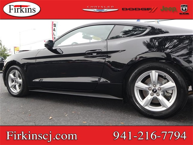 Pre-Owned 2015 Ford Mustang V6