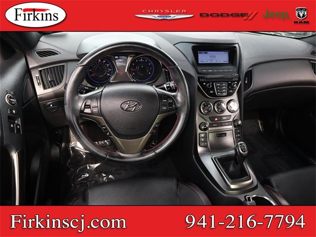 Pre-Owned 2014 Hyundai Genesis Coupe 2.0T R-Spec
