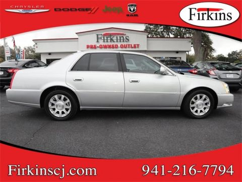 Pre-Owned 2011 Cadillac DTS Base